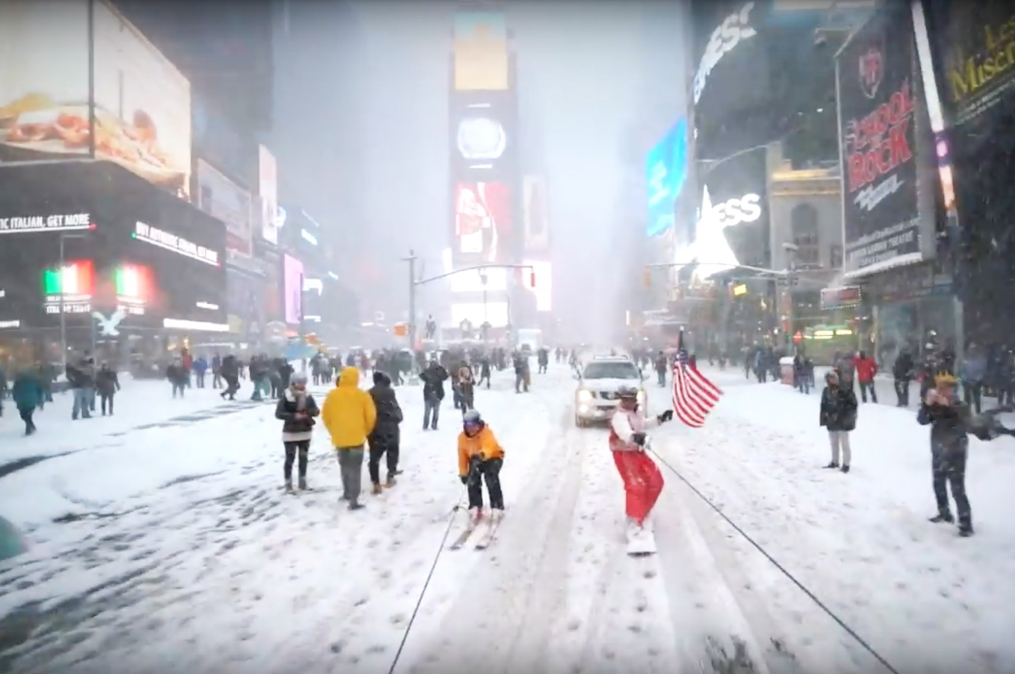 Renegade NYC Snowboarding With the NYPD – The Daily Beast